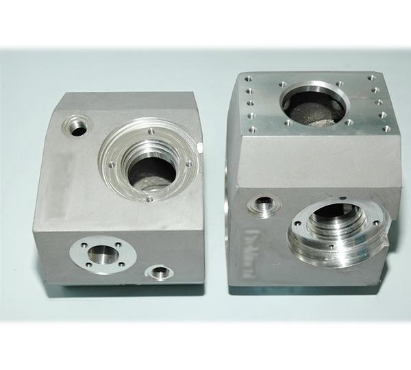 铸铝流体控制仪壳体